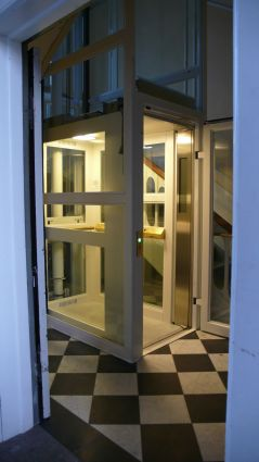 elevator frederiksberg alle med niveaufri adgang fra indgangsrepos