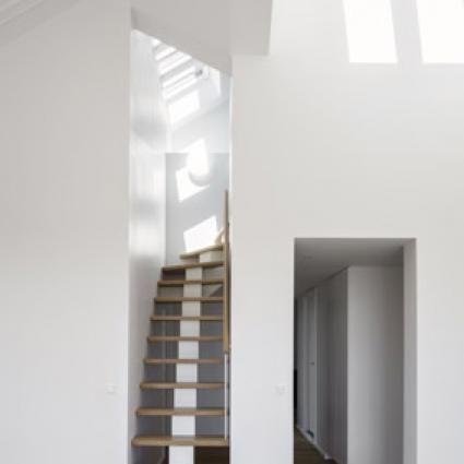 16A.Taglejlighed trappe til hems.resized